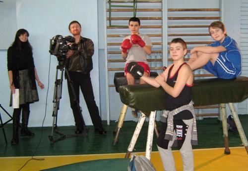 Наші учні знімаються у програмі Наш час - школа №9 (фото)