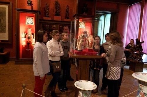 Навчальна екскурсія до Національного музею мистецтв - школа №9