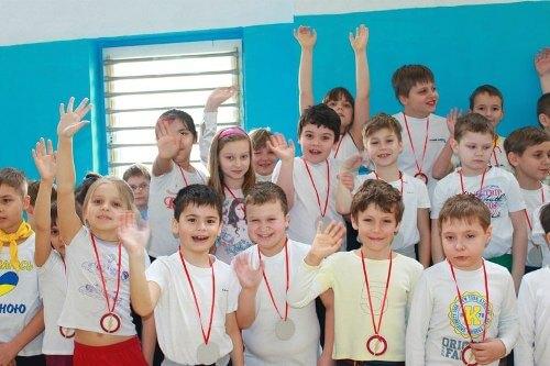 Спортивно-розважальне свято «Козацькі розваги» - школа №9